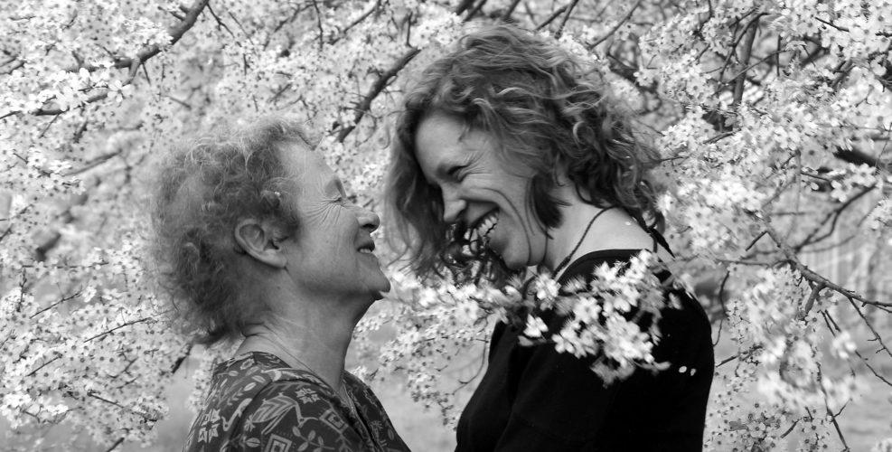 MuT - Mutter und Tochter - Liebevolle Beziehung auf Augenhöhe